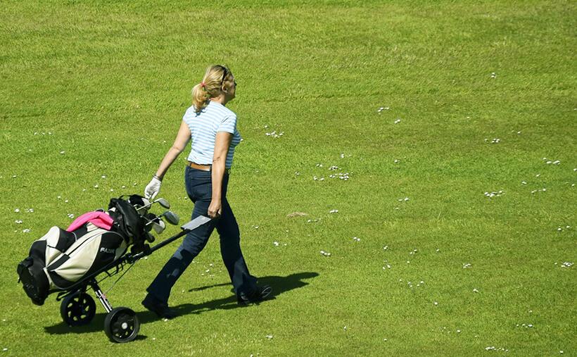 ゴルフ初心者のギモン!デビューのスコアはどれくらいが普通なの?