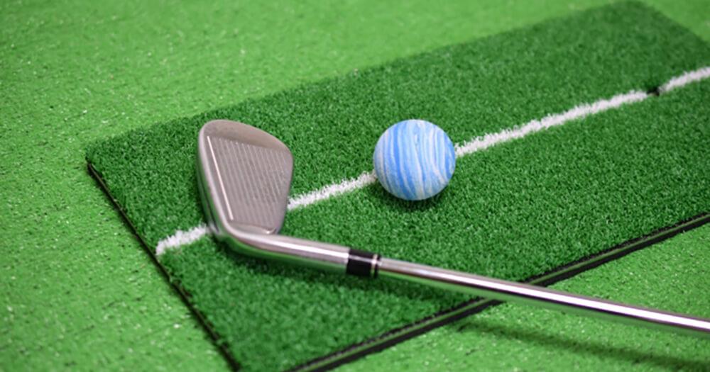 ゴルフ初心者のギモンを解決!最初に練習するクラブって何がいい?