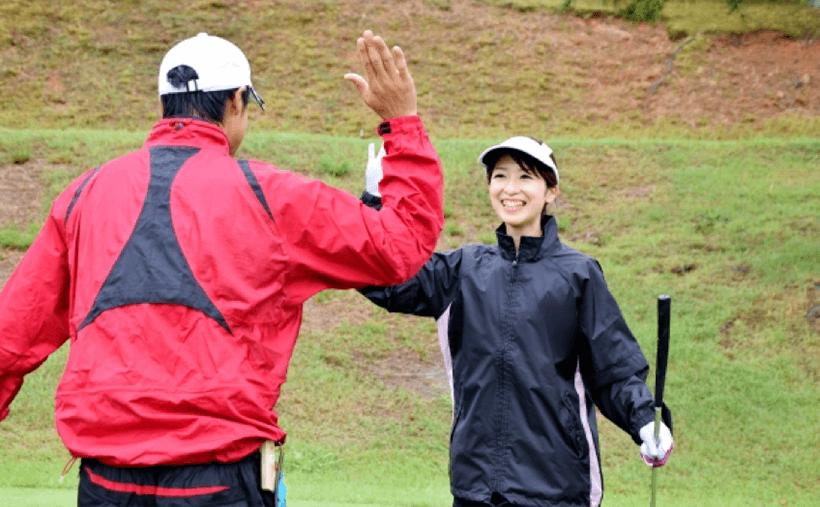 ゴルフでの帽子のマナーは?基礎知識を学んでおしゃれにゴルフデビュー!