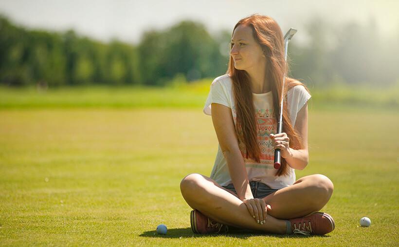 夏のゴルフにはどんな服装がいいの?:レディース編